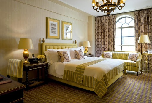 روتختی سفید برای تخت طلایی - روتختی مناسب برای تخت طلایی | کالای خواب بدروم