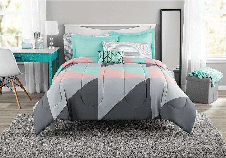 استفاده از رنگ های مکمل برای انتخاب روتختی تخت کرم رنگ   کالای خواب بدروم